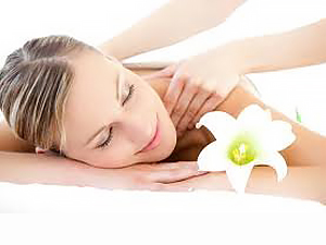 Back massage with essential oils